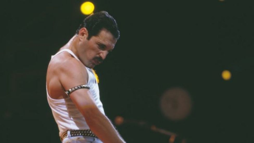Freddie Mercury en Winbley, 1985.