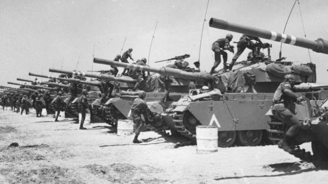 دبابات اسرائيلية في حرب الأيام الستة