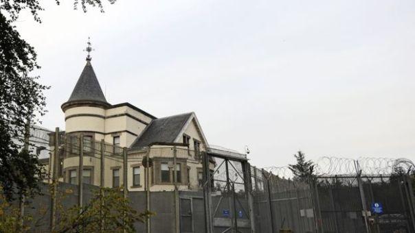 Fachada del Centro de Expulsión de Inmigrantes de Dungavel, en Escocia.