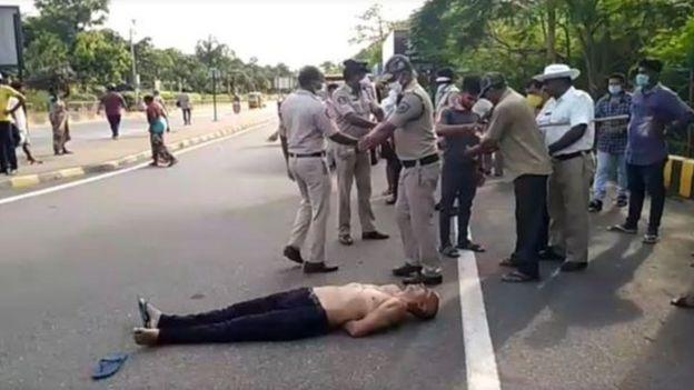 الشرطة الهندية اعتقلت الطبيب سوداكار راو