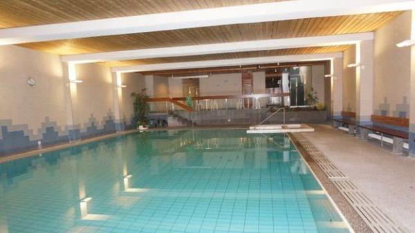 La piscina del hotel Apartmenthaus Paradies