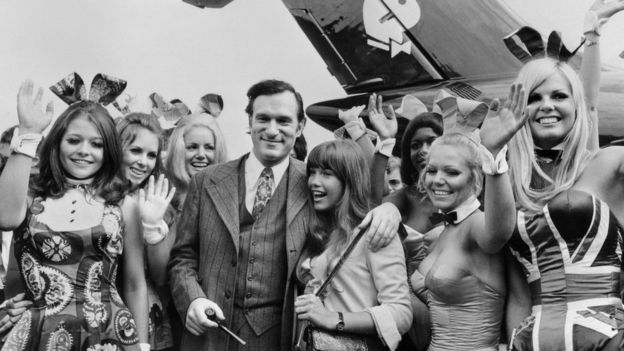 Photo taken on August 30, 1970 shows US Playboy Magazine publisher Hugh Hefner (top), his girlfriend actress Barbara Benton and other playmates arriving at Le Bourget airport with the Playboy jet