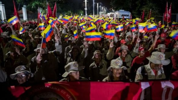 Manifestação em defesa de Maduro na Venezuela