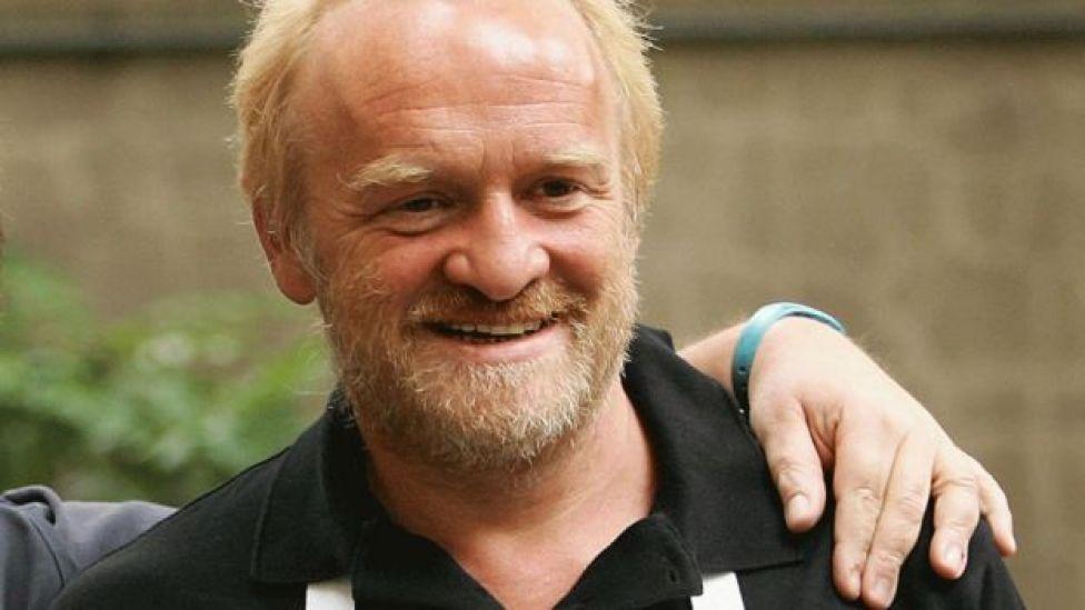 El prestigioso chef británico Antony Worrall Thompson cree que las abuelas saben más que los científicos de cocina.