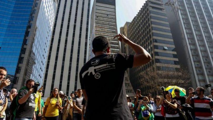 Manifestação em apoio a Bolsonaro
