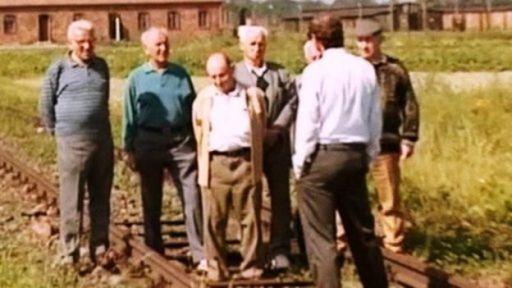 Gideon Griffin con 7 detalles israelíes en Auschwitz