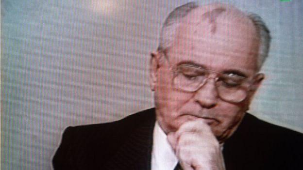 25/12/1991: Mikhail Gorbachev từ chức và Liên Xô không còn nữa