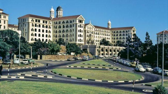 Hôpital Groote Schuur (GSH) Cape Town, Afrique du Sud en 1969 - l'hôpital est réputé pour être l'hôpital où la première transplantation cardiaque a eu lieu en 1967.