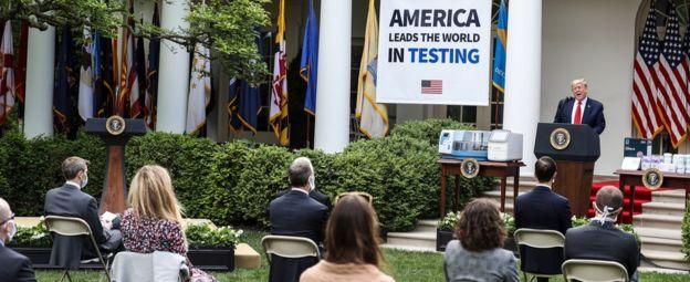 حرص ترامب على تسليط الضوء على ارتفاع عدد الاختبارات التي أجريت
