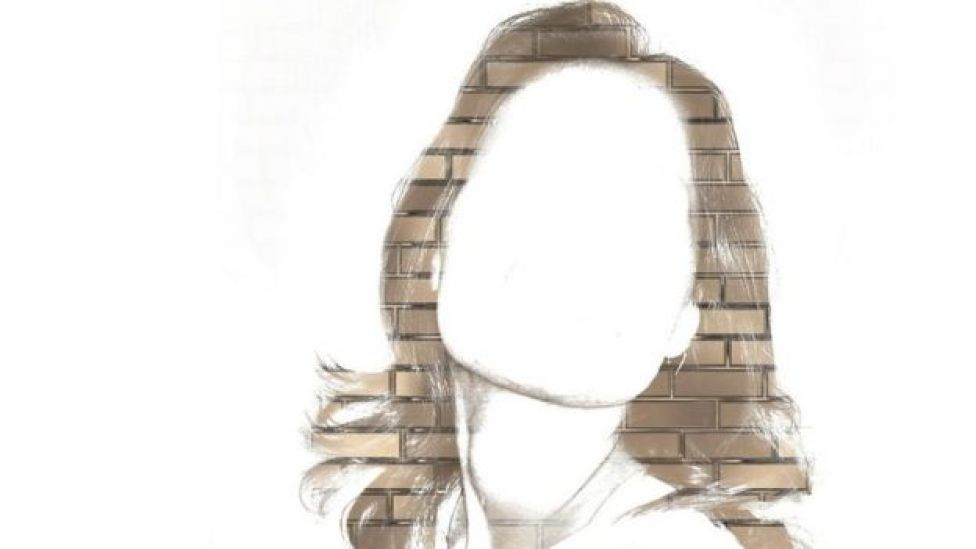 Mujer sin rostro