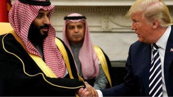 Mohammed bin Salman shakes hands with Donald Trump in the White House