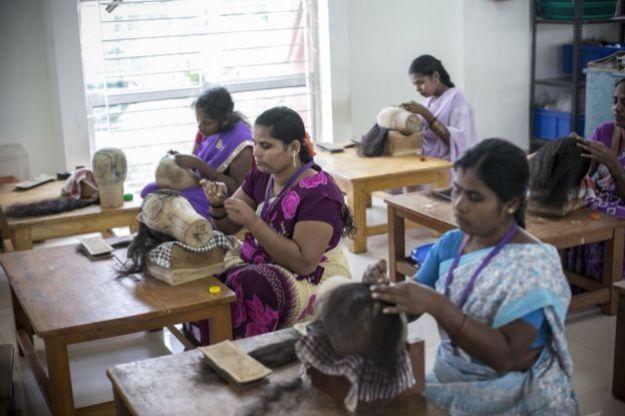 Малообразованные работницы в Индии