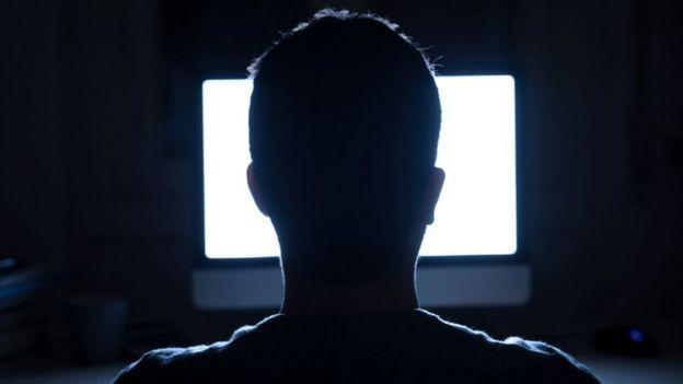 Los hackers están utilizando enlaces y correos sofisticados para engañar a la gente.