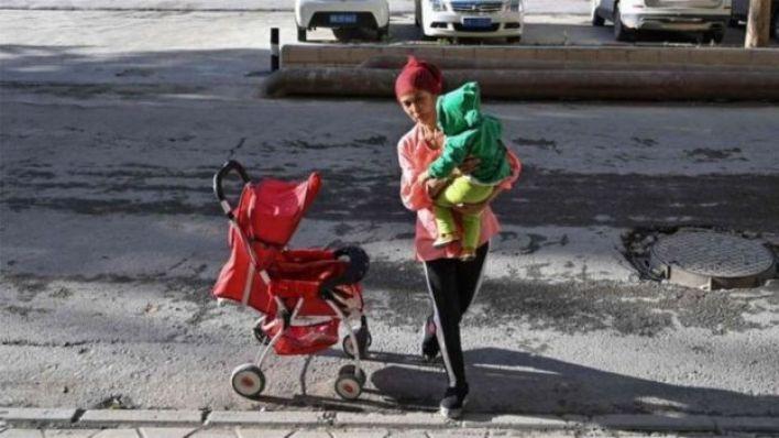 """قال الباحث في التقرير إن نساء الإيغور واجهن برنامجا """"لا يرحم"""" لتحديد النسل"""