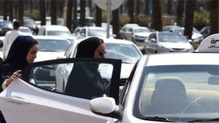 قيادة المرأة السعودية للسيارة سيتسبب في فقدان حوالي 800 ألف سائق أجنبي وظائفهم
