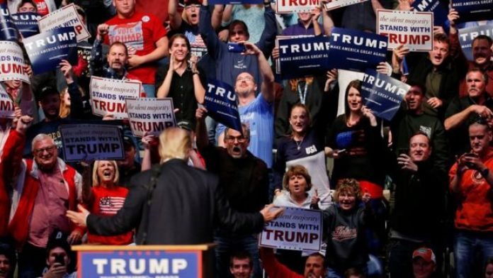 Donald Trump and a crowd in Fort Wayne Indiana