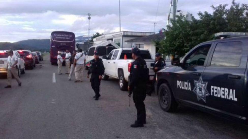 El gobierno de México desplegó una operación especial para contener la caravana.