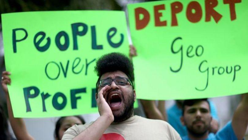 Protesto contra o Geo Group em 2015