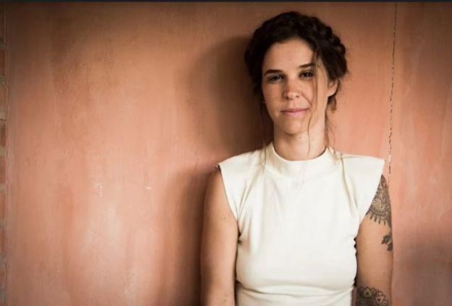 Morena Cardoso, uma das principais difusoras no Brasil do ritual chamado de Plantar a Lua