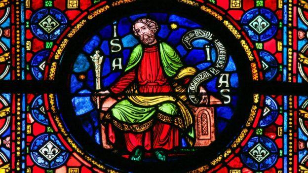Vitral com representação de Isaías