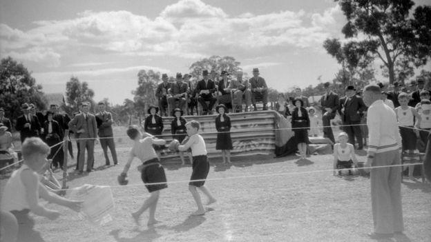 Una muestra de boxeo en un colegio en Pinjarra, Australia Occidental. GETTY IMAGES