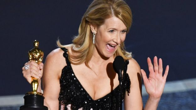 Laura Dern with her Oscar