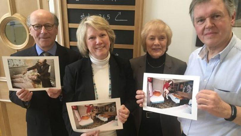 """A jornalista Rosalind Morris, da BBC, Graham Morris, o primeiro a fotografar as crianças levitando, e o advogado Richard Grosse, que interrogou o """"fantasma"""", foram reunidos pela apresentadora da BBC Sue MacGregor"""