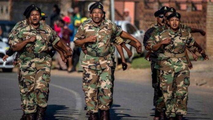 Des soldats sud-africains