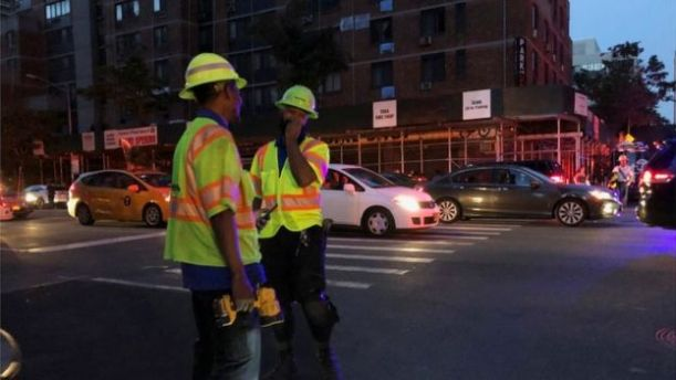 Con Edison workers in Manhattan, NY, 13 July 2019