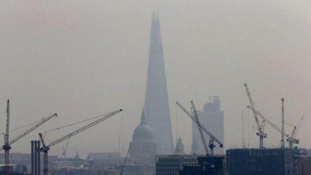 Shard in smog