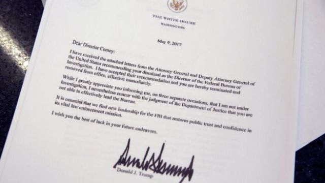 Copia de la carta de Trump despidiendo a Comey.