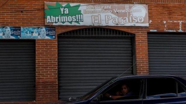 Entrada do clube onde houve o incidente na periferia de Caracas