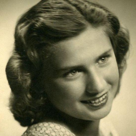Edith antes dos campos de concentração