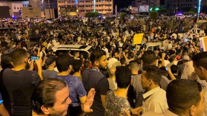 مظاهرة في ليبيا احتجاجا على إيقاف وزير الداخلية