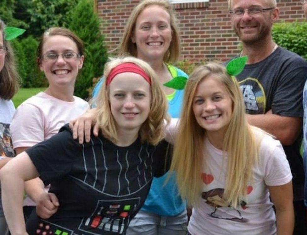 De izquierda a derecha: Allison King, Abby Jackson, Mary Dyson y Amy Steenburg