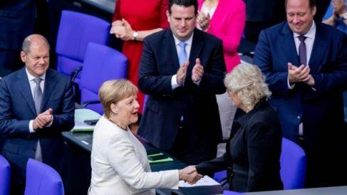 Merkel oo u hambalyeeysay wasiirka cusub ee caddaaladda dalkaas