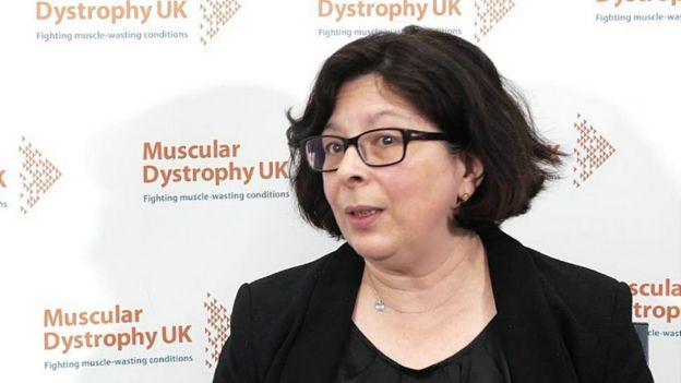 La Dra. Teresinha Evangelista en un envento sobre distrofia muscular en el Reino Unido