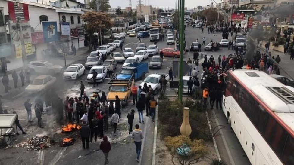 Las protestas por un aumento en el precio del combustible en Irán, noviembre de 2019