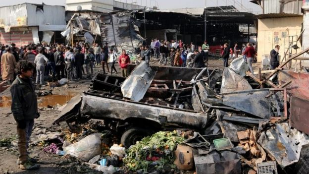 Aftermath of bombing in Baghdad (08/01/17)