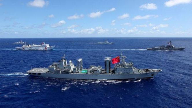 Luật Ủy quyền Quốc phòng 2019 của Hoa Kỳ khai trừ vĩnh viễn Trung Quốc khỏi các cuộc diễn tập Vành đai Thái Bình Dương (RIMPAC) hằng năm.