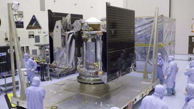 OSIRIS-REx en las instalaciones del Centro Espacial Kennedy, en Cabo Cañaveral.