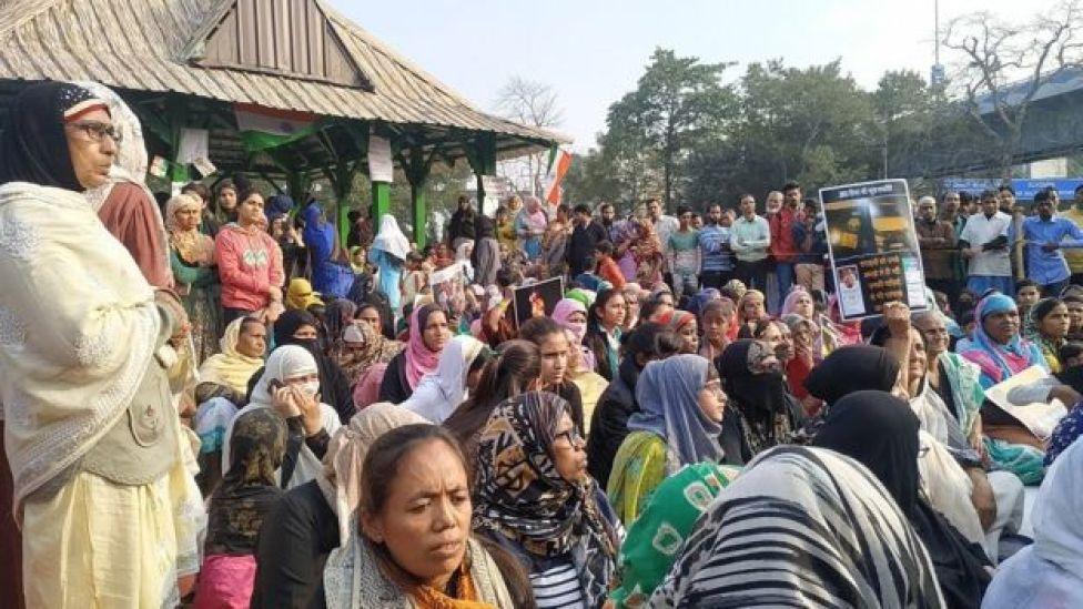 কলকাতায় নাগরিকত্ব আইন বিরোধী লাগাতার সমাবেশের একাংশ
