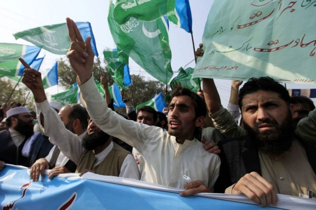 Supporters of Islamic political party Jamat-e-Islami shout slogans during a protest after the execution of Mumtaz Qadri, an ex-police guard who had in January 2011 killed a former governor for opposing the country's blasphemy laws, in Peshawar, Pakistan, 29 February 2016.