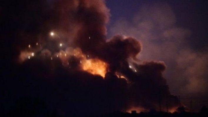 أدى انفجار كبير في مستودع للأسلحة قرب بغداد في الـ 12 من آب/أغسطس إلى سقوط صواريخ في أرجاء العاصمة العراقية