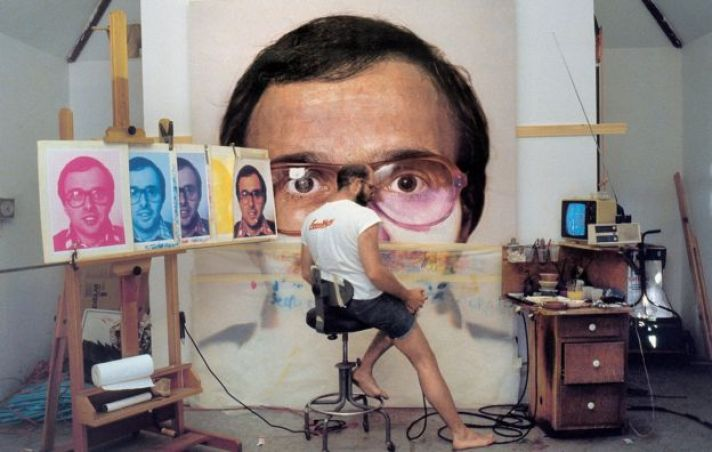 Chuck Close at work in the 70s