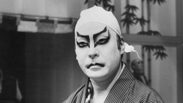 20th October 1981: Ennosuke Ichikawa, Japan's most distinguished exponent of the three hundred year old art form, Kabuki. Ichikawa prepares his costume and make up before leading a prestigious cast at Sadler's Wells.