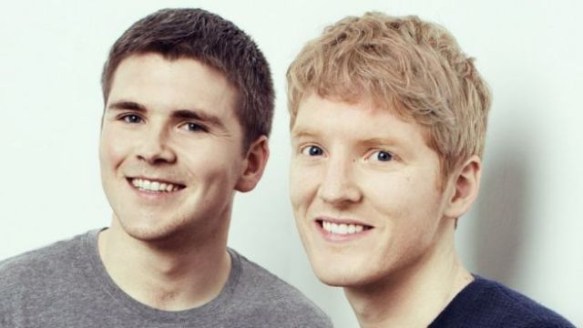 John Collison (solda) ve kardeşi Patrick Collison