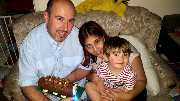 Karrie-Ann, Luke y Wyatt