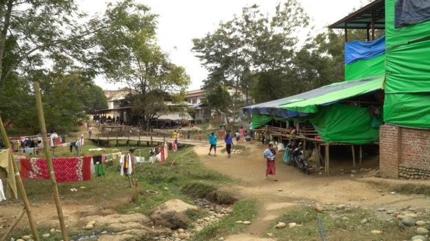 Vilarejo no norte de Mianmar