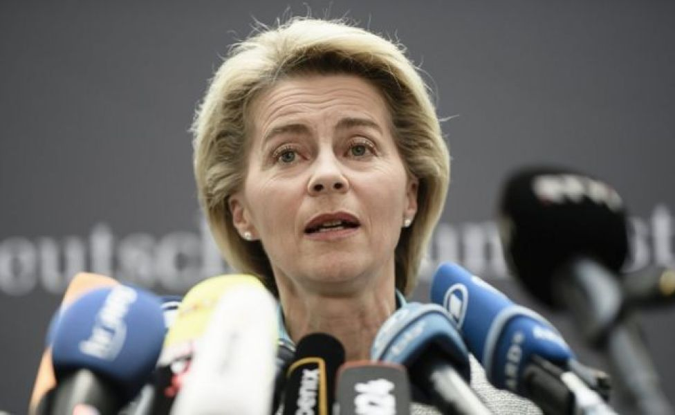 La ministra de Defensa alemana Ursula von der Leyen